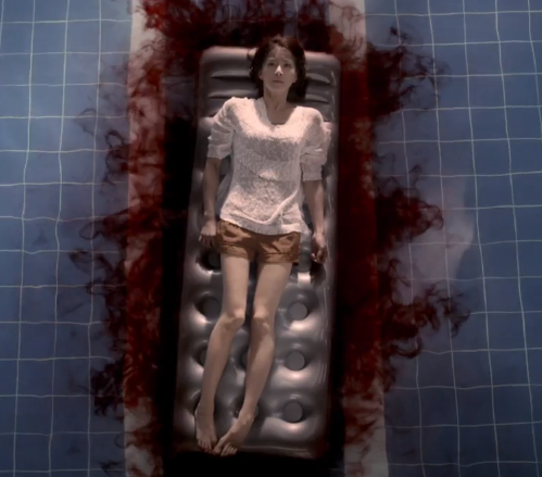 Lee Si Young as Ji Yoon in Killer Toon.